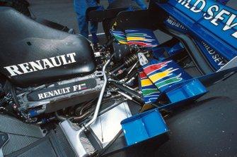 Il motore Renault V10 della Benetton, GP d'Argentina del 1995