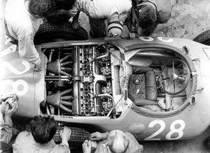 Volante del monoplaza de Maurice Trintignant, Bugatti Type 251