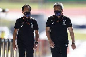 Технический директор программы Honda в Формуле 1 Тойохару Танабе и глава Honda Motorsport Масаси Ямамото
