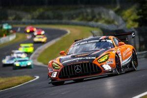 #16 Mercedes-AMG GT3, Team HRT: Maro Engel, Manuel Mezger, Adam Christodoulou, Luca Stolz