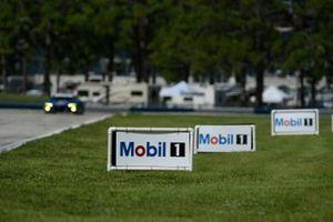 Mobil 1 signage