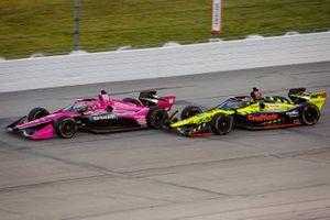 Jack Harvey, Meyer Shank Racing Honda and Santino Ferrucci, Dale Coyne Racing with Vasser Sullivan Honda make contact