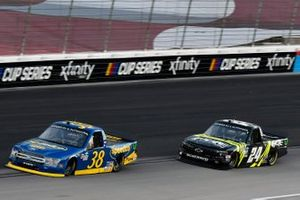 Todd Gilliland, Front Row Motorsports, Ford F-150 Speedco and Justin Haley, GMS Racing, Chevrolet Silverado FOE