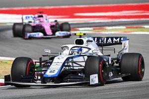 Nicholas Latifi, Williams FW43, leads Sergio Perez, Racing Point RP20