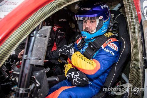 Alonso mengetes Toyota di Afrika Selatan