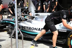 Mercedes AMG F1 Team pitstopoefening