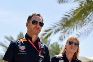 Руководитель Red Bull Racing Кристиан Хорнер и директор по управлению персоналом Red Bull Racing и Red Bull Technology Джейн Пул