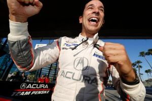 Prototype pole winner #7 Acura Team Penske Acura DPi, DPi: Helio Castroneves