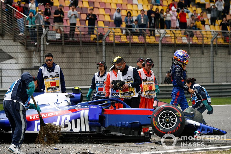 Aftermath of Alexander Albon, Toro Rosso STR14 crash
