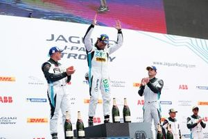 Cacá Bueno, Jaguar Brazil Racing, Simon Evans, Team Asia New Zealand, Bryan Sellers, Rahal Letterman Lanigan Racing, on the podium