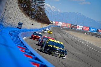 Ryan Newman, Roush Fenway Racing, Ford Mustang, Austin Dillon, Richard Childress Racing, Chevrolet Dow Coatings