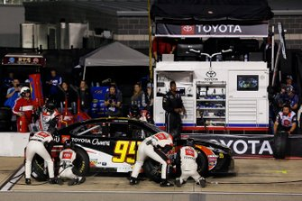 Matt DiBenedetto, Leavine Family Racing, Toyota Camry Toyota Certified Used Vehicle / Toyota Owners pit stop