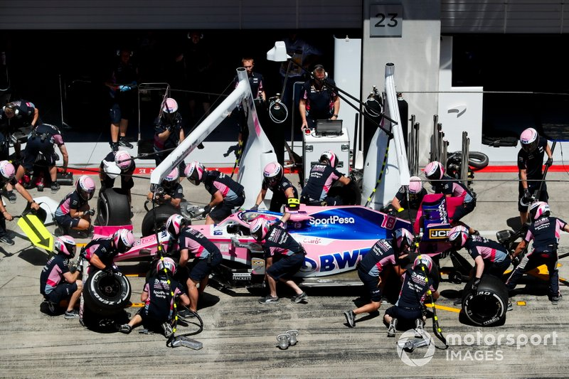 Lance Stroll, Racing Point RP19, pit stop