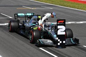 Lewis Hamilton, Mercedes AMG F1, sur la grille