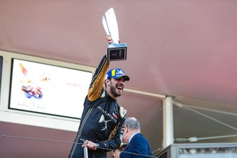 Podium: race winner Jean-Eric Vergne, DS TECHEETAH celebrates victory