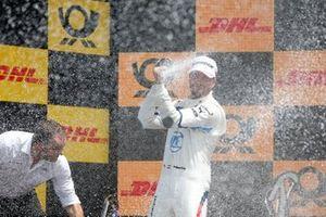 Podium: Philipp Eng, BMW Team RBM