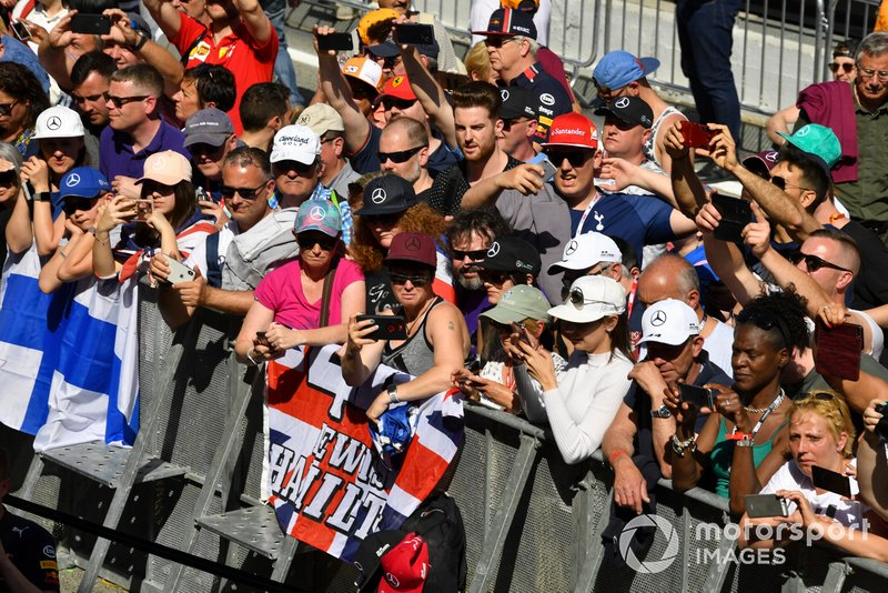 Fans of Lewis Hamilton, Mercedes AMG F1, in the paddock