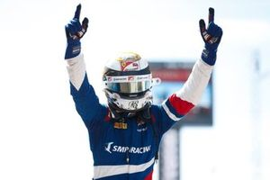 Race winnaar Robert Shwartzman, PREMA Racing