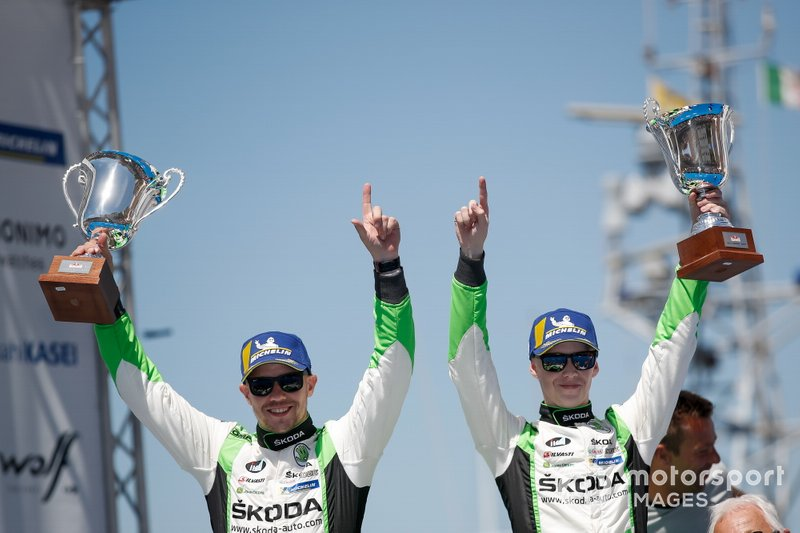 I vincitori WRC2, Kalle Rovanperä, Jonne Halttunen, Skoda Motorsport Skoda Fabia R5