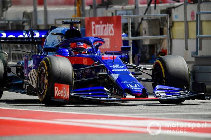 9: Daniil Kvyat, Toro Rosso STR14, 1'17.573