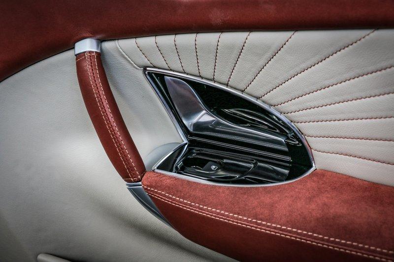 Touring Sciàdipersia Cabriolet, car interiors