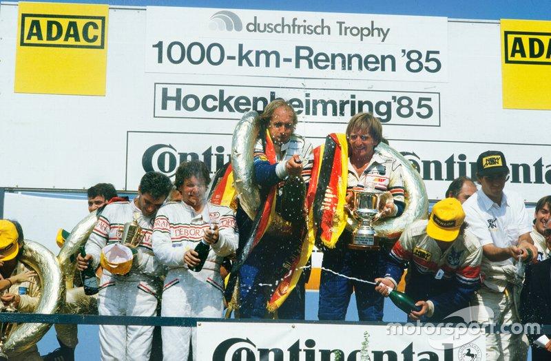 1. Hans-Joachim Stuck, Derek Bell, Porsche