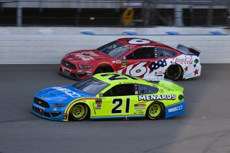 Paul Menard, Wood Brothers Racing, Ford Mustang Menards / NIBCO, Ryan Newman, Roush Fenway Racing, Ford Mustang Coca Cola