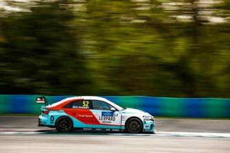 Gordon Shedden, Leopard Racing Team Audi Sport Audi RS 3 LMS