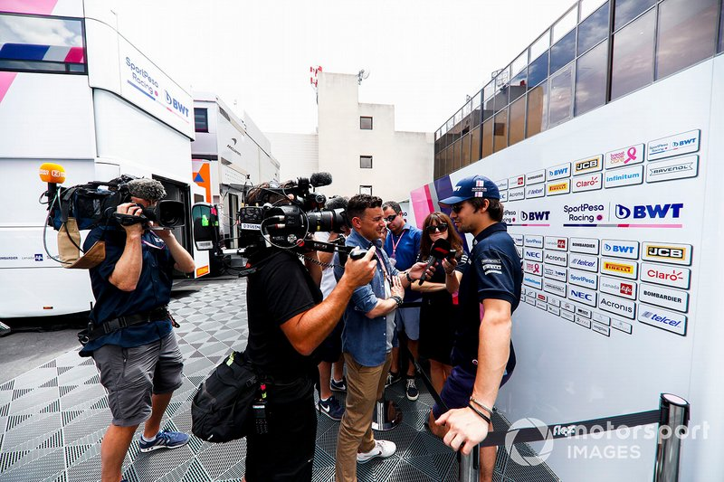 Lance Stroll, Racing Point con los medios