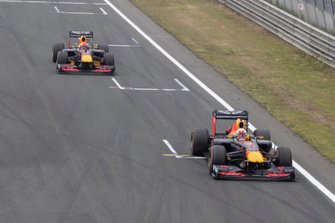 Max Verstappen, Pierre Gasly, Red Bull Racing RB7