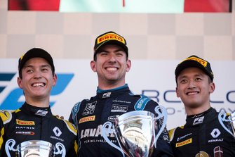 Podio: il vincitore della gara Nicholas Latifi, Dams, il secondo classificato Jack Aitken, Campos Racing, il terzo classificato Guanyu Zhou, Uni Virtuosi Racing