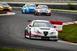 Ma Qing Hua, Team Mulsanne Alfa Romeo Giulietta TCR