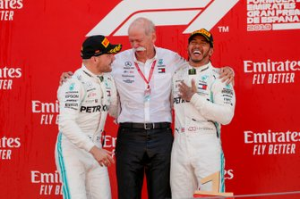 Valtteri Bottas, Mercedes AMG F1, Dr Dieter Zetsche, CEO, Mercedes Benz and Race winner Lewis Hamilton, Mercedes AMG F1 celebrate on the podium
