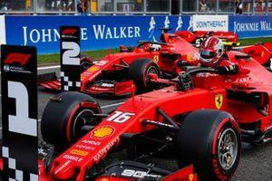 Обладатель поула Шарль Леклер, второе место – Себастьян Феттель, Ferrari SF90