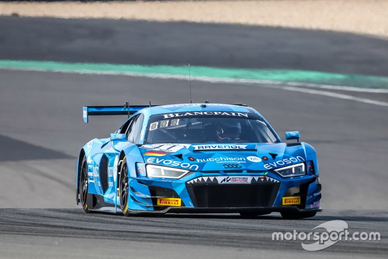 #11 Phoenix Racing Audi R8 LMS GT3: Finlay Hutchison, Frederic Vervisch