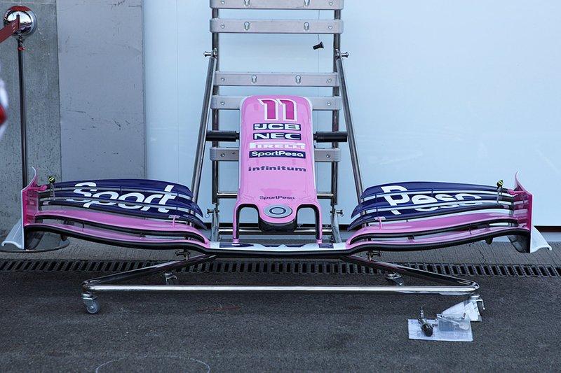 Detalle del alerón delantero del Racing Point RP19 de Sergio Perez