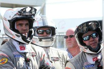 #6 Acura Team Penske Acura DPi crew