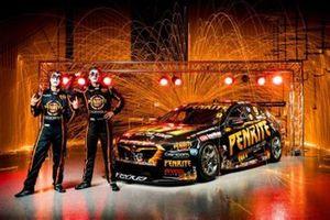 Гонщики Erebus Motorsport Дэвид Рейнольдс и Антон де Паскаль, автомобиль Holden ZB Commodore