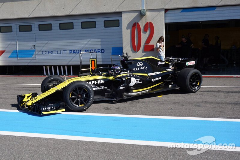 Sergey Sirotkin, Renault F1 Team con neumáticos de 18 pulgadas