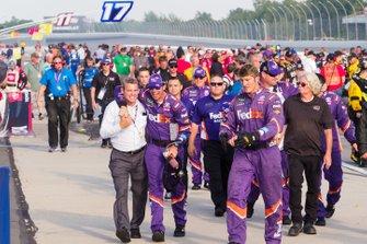 Denny Hamlin, Joe Gibbs Racing, Toyota Camry FedEx Ground crew celebration