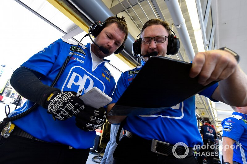 Chris Tidwell, Ryan Blaney, Team Penske, Ford Mustang PPG