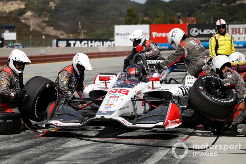 Marco Andretti, Andretti Herta with Marco & Curb-Agajanian Honda, pit stop