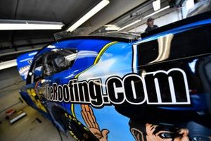 Garrett Smithley, Rick Ware Racing, Ford Mustang Honest Abe Roofing crew
