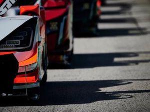 #6 Acura Team Penske Acura DPi, DPi: Juan Pablo Montoya, Dane Cameron, #31 Whelen Engineering Racing Cadillac DPi, DPi: Felipe Nasr, Pipo Derani