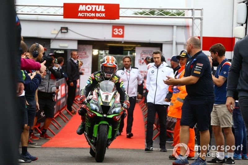 Jonathan Rea, Kawasaki Racing Team, conquista il 2° posto, durante le Qualifiche