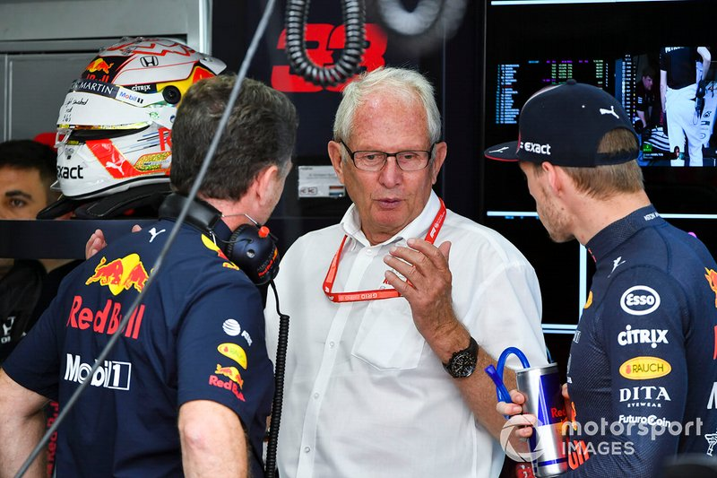 Christian Horner, Team Principal, Red Bull Racing, Helmut Markko, Consultant, Red Bull Racing, and Max Verstappen, Red Bull Racing, in the garage