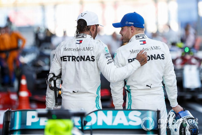 Race winner Lewis Hamilton, Mercedes AMG F1, celebrates in parc ferme with Valtteri Bottas, Mercedes AMG F1