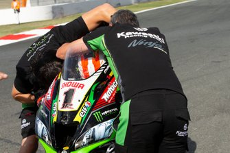Jonathan Rea, Kawasaki Racing Team viert vijfde wereldtitel
