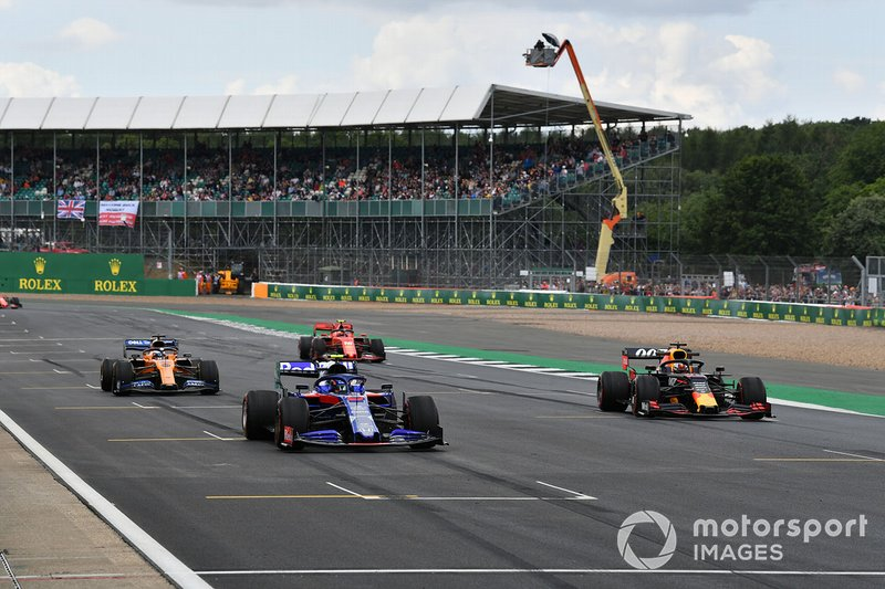 Alexander Albon, Toro Rosso STR14, Max Verstappen, Red Bull Racing RB15, Carlos Sainz Jr., McLaren MCL34, and Charles Leclerc, Ferrari SF90, practice starts at the end of the session