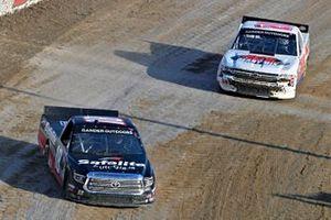 Harrison Burton, Kyle Busch Motorsports, Toyota Tundra Safelite AutoGlass and Landon Huffman, Young's Motorsports, Chevrolet Silverado K & L Ready Mix